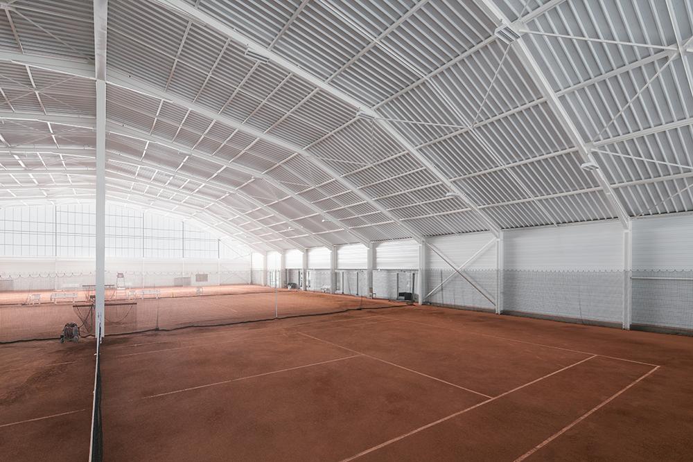 Réhabilitation d'une halle de Tennis